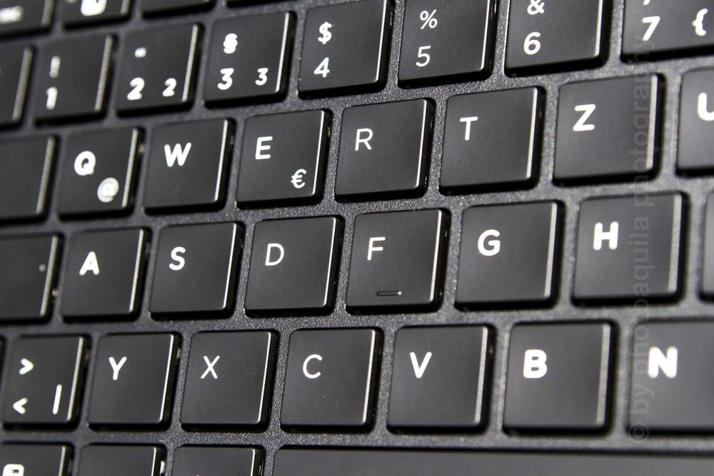 Tastatur1 photoaquila 1000x667